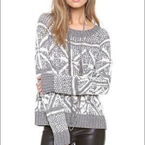 Alice + Olivia Silver/White Snowflake Sweater